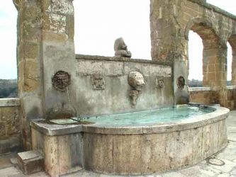 Public fountain at Pitigliano